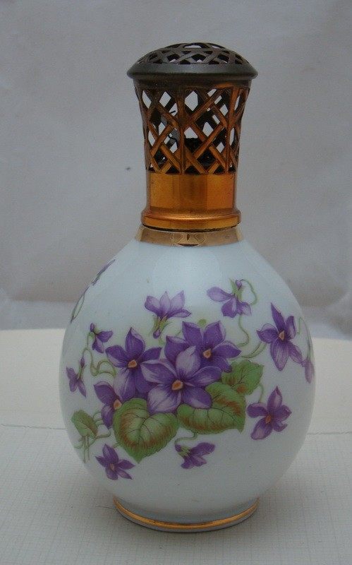LIMOGES Camille Tharaud аромалампа старинная (X145)